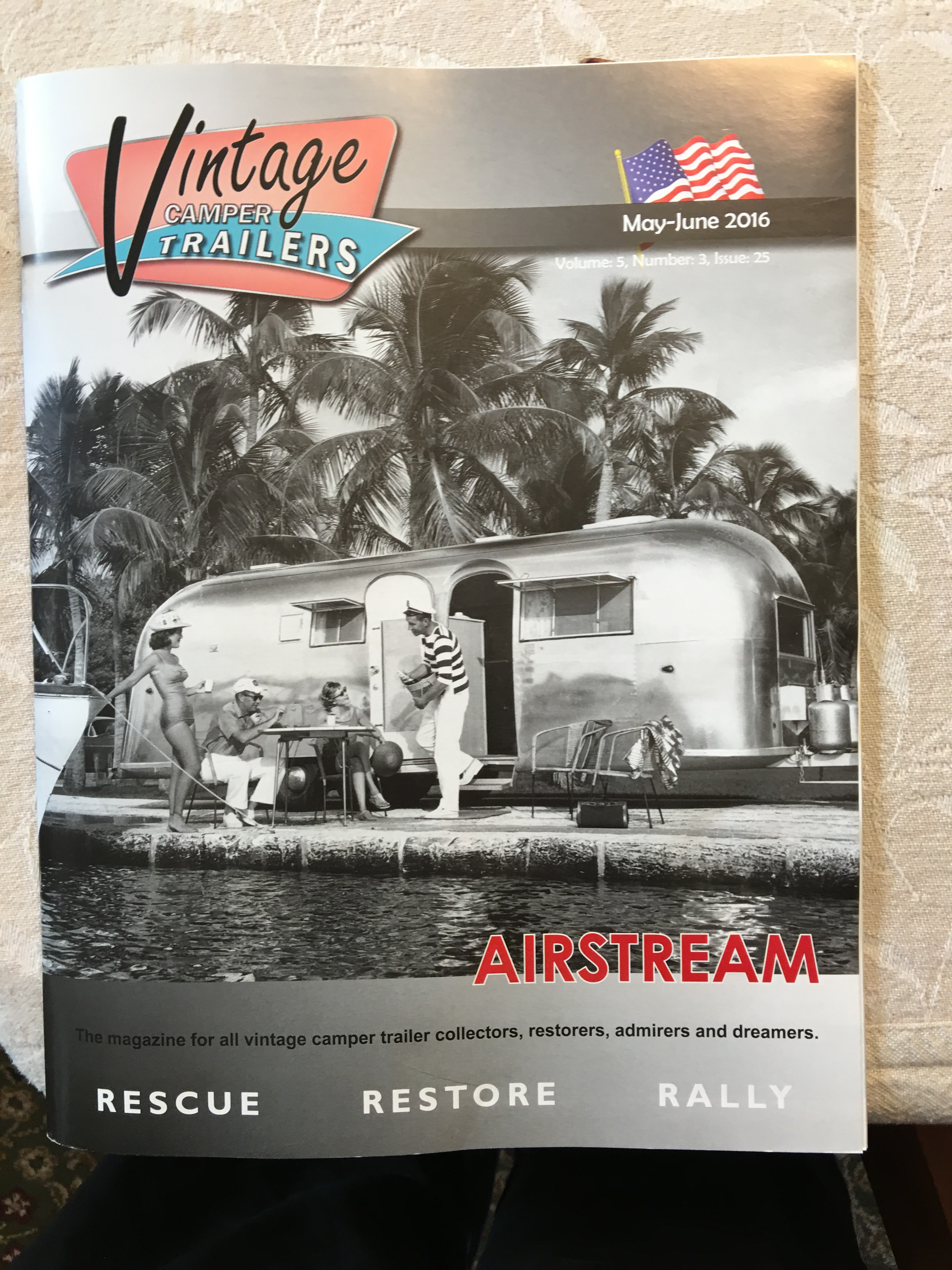 """AIRSTREAM TRAVEL TRAILER PATCH NEW IRON ON OR SEW 3 /"""" WIDE"""